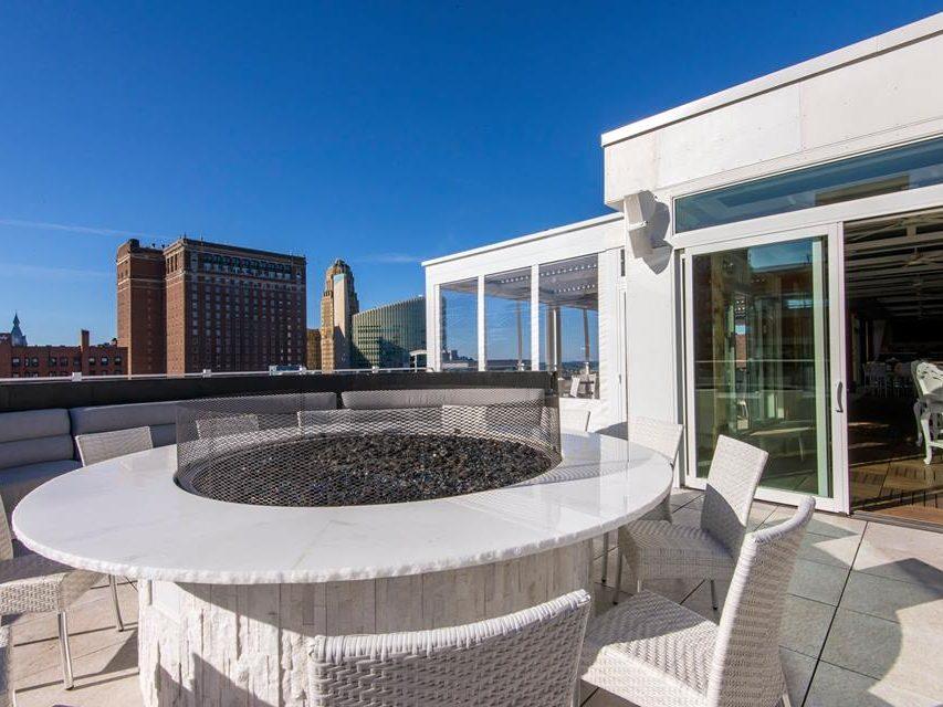 VUE Rooftop Lounge 1