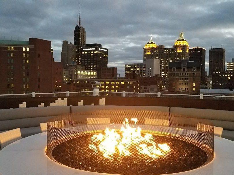 VUE Rooftop Lounge 3